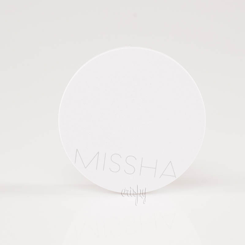 Тонирующая увлажняющая основа кушон MISSHA Magic Cushion Moist Up SPF50+/PA+++ (15 г)