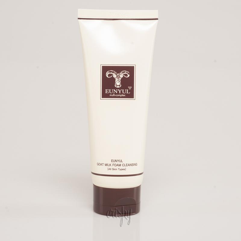 Пенка для умывания с козьим молоком EUNYUL Goat Milk Foam Cleanser - 150 мл